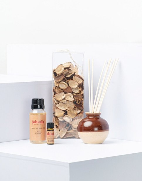 Sandalwood home fragrance